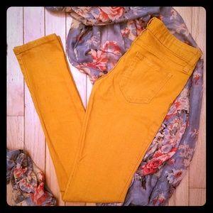 🛍3/$15 Orange skinny jeans